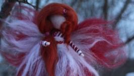 тут изображено Кукла из шерсти Фея магии