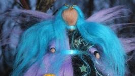 тут изображено Кукла из шерсти Фея ночи