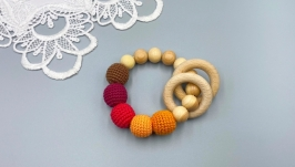 Natural juniper teether with rings