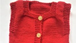 Комплект теплый ручной вязки на девочку красный с белой отделкой на 3-6 мес