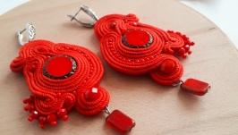 Червоні сутажні сережки ′Побачення′