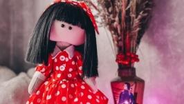 Ретро куколка.