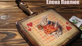 Разделочно сервировочная доска ′Алиса в стране Чудес′, Белый Кролик.