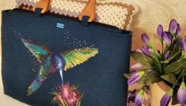 Designer women′s bag-folder with hand-painted fabric ′Hummingbird′