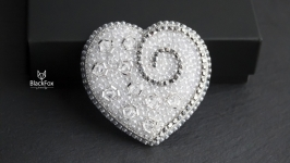 Crystal heart beads embroidered brooch