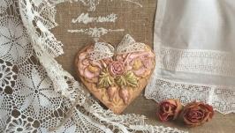 Подвеска интерьерная сердце Розовый сад, декупаж