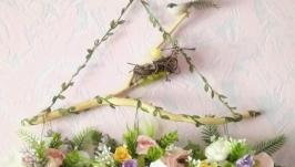 Весенний пасхальный цветочный декор на стену.