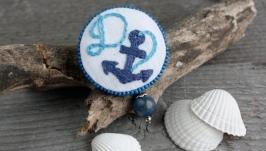Морская брошь бохо якорь Именная синяя летняя брошь с лазуритом