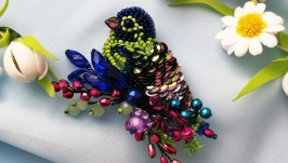 Enchanting handmade bird brooch, an exclusive gift for a woman