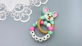 Personalized silicone teething mouse on a beech ring