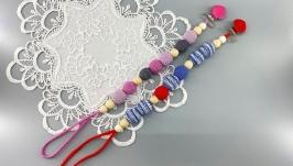 Crochet teething pacifier clip holder