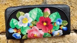 Wallet , genuine leather, hand-stitch.
