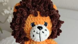 Плюшевая игрушка лев с гривой