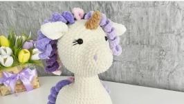 Children′s toy plush white unicorn with purple curls