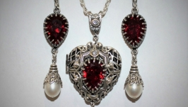Loket pendant, earrings, Swarovski garnet, Heart, handmade