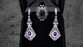 Ring, earrings, natural amethysts, handmade