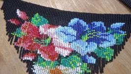 Цветочное колье-чокер с бахромой