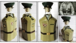 Декор бутылки в форме рядового пограничника СССР по фотографии заказчика
