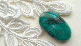 Chrysocolla is a cabochon