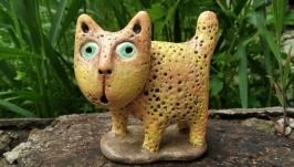 Статуэтка керамическая ручной работы . Кот.