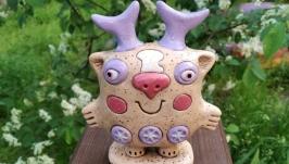 Статуэтка керамическая ручной работы . Сказочный зверек .