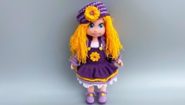 Вязаная кукла Виолетта