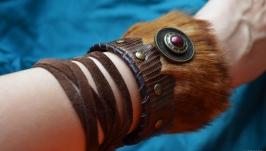 Стильный кожаный браслет из кожи игуаны и меха лисы