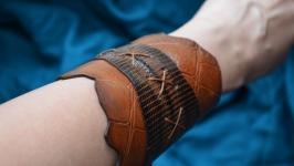 Стильный кожаный браслет из кожи игуаны