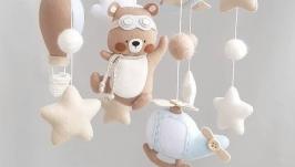 Мобиль с фетра в детскую кроватку Медвежонок