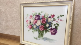 The picture ′Tulips′ (cross-stitch embroidery)
