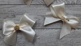 Весільні бутоньєрки для гостей