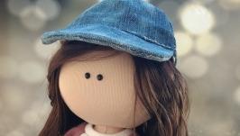 Кукла интерьерная текстильная тильда ′Девочка со скейтом′ ручной работы