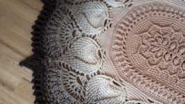 Овальный ковер ручной работы вязанный крючком из шнура