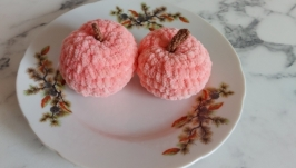 Персик вязаный