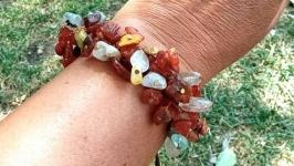 Браслет из натуральных камней - янтарь и яшма