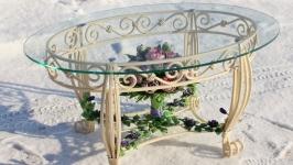 кованый столик с пионами