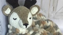 Pajamas deer made of plush yarn