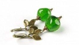 Серьги зеленые лемпворк