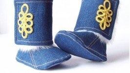 Утепленные джинсовые сапожки мастерской «Майский Жук»