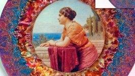 Тарелка «Девушка у моря»