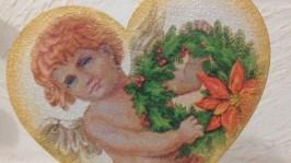 Сердечко на підставці«Ангел з віночком»
