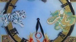 Витражная роспись часы Четыре стихии