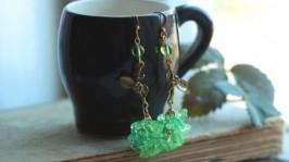 «Весняні» сережки зелені