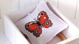 Подушечка-игольница Бабочка