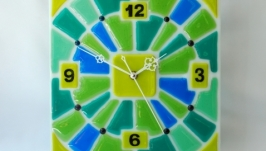 Часы «Весення зелень».
