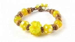 Браслет «Летние секреты» желтый лэмпворк