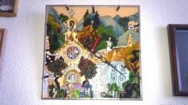 Витражные часы «Кривые домишки