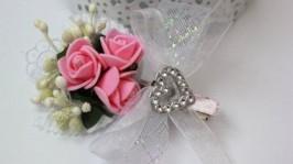 Заколка-букетик с ленточкой розовый