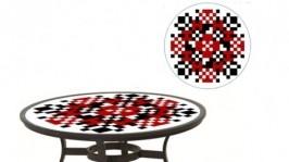 Журнальний столик з іменною вишиванкою