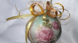 Новогодний шар Vintage Roses